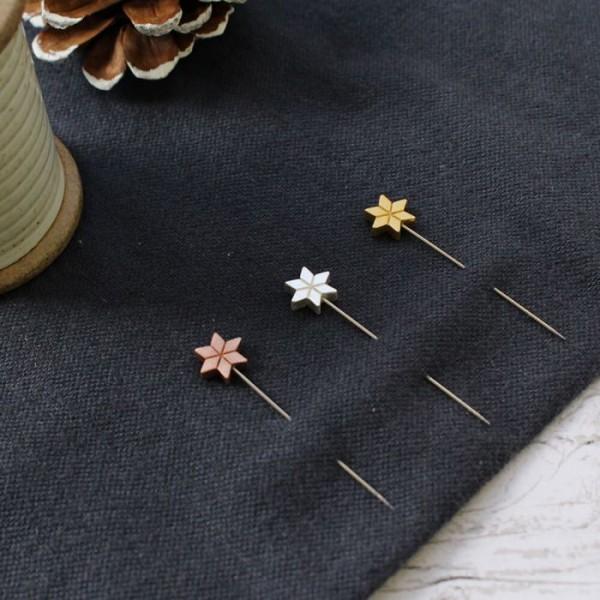 Stecknadeln Sterne