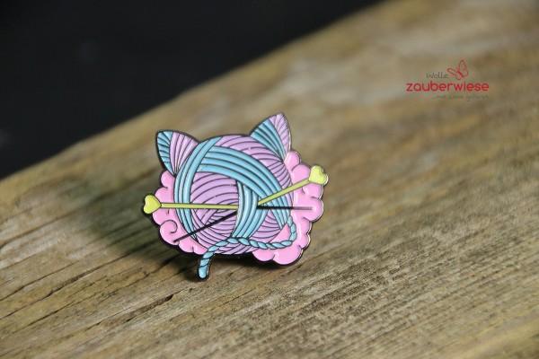 Emaille Pin Katzenwolle