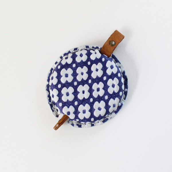 Yuzen Rollmaßband Leder blau